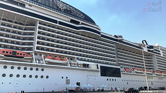 السفنية-بلسيما-فور-وصولها-ميناء-سفاجا
