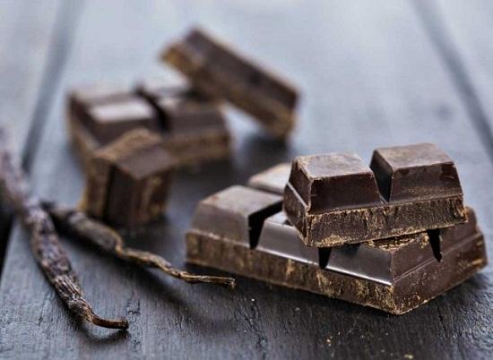 الشوكولاته الداكنة