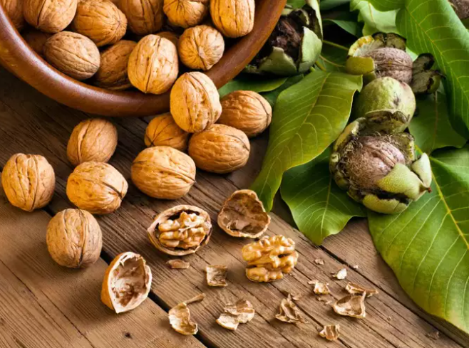 Nuts are healthy fats