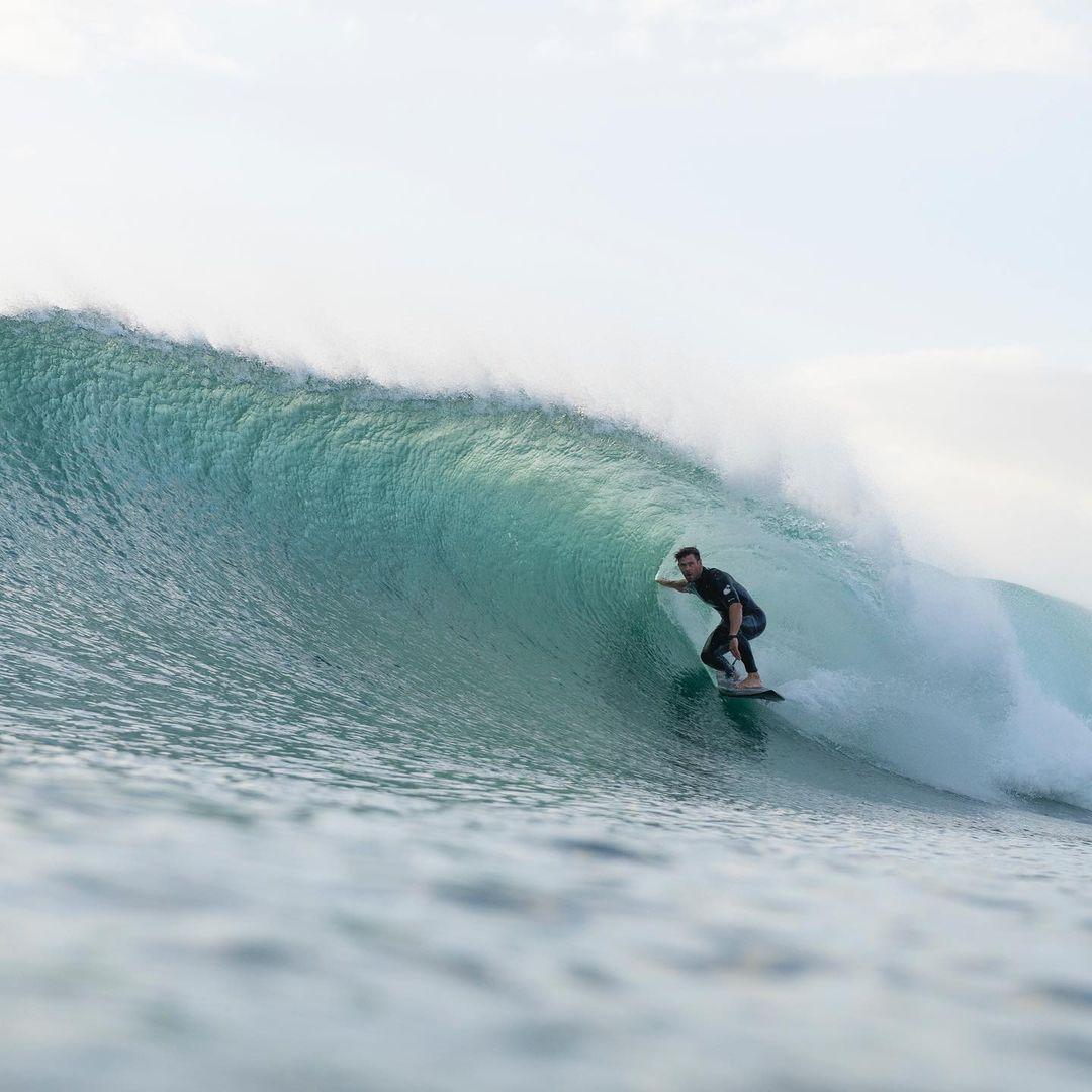 Hemsworth surfing