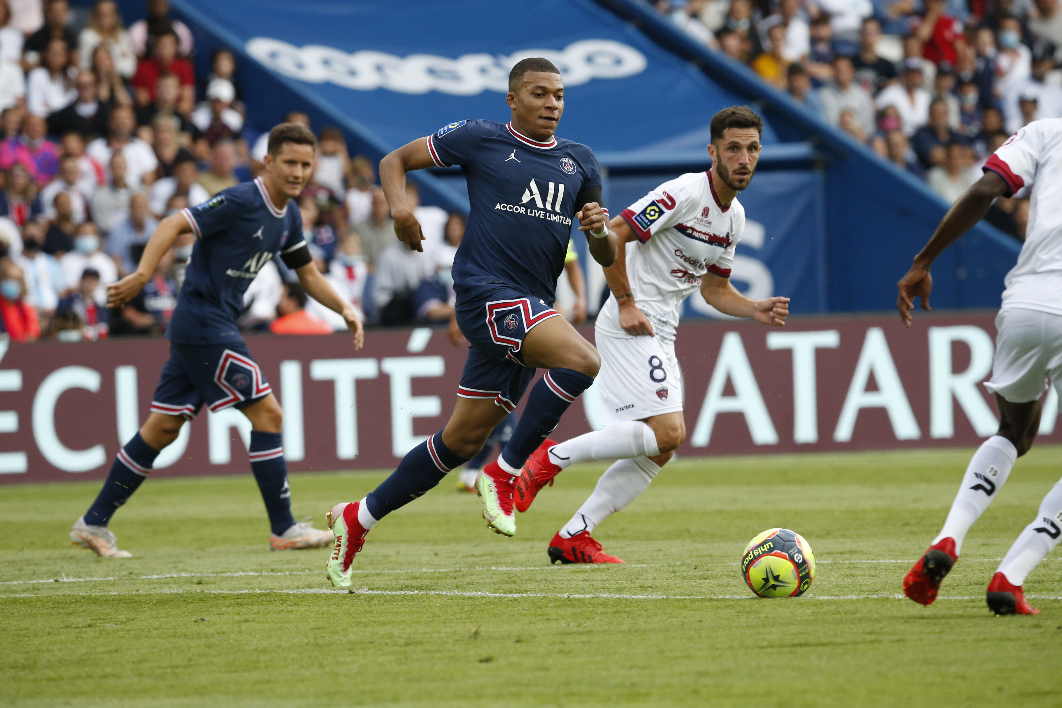 Paris Saint-Germain vs Clermont (2)