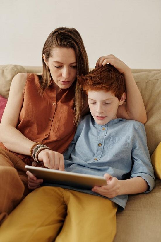 نصائح لتعليم الأطفال الادخار (1)