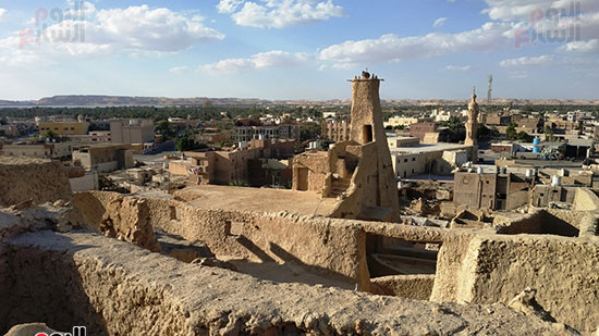 اسوار قلعة شالي والمسجد العتيق في سيوة