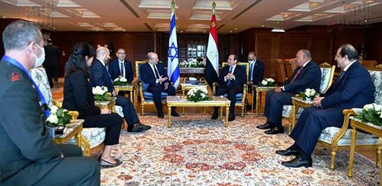 لقاء الرئيس عبد الفتاح السيسى ورئيس وزراء اسرائيل (6)