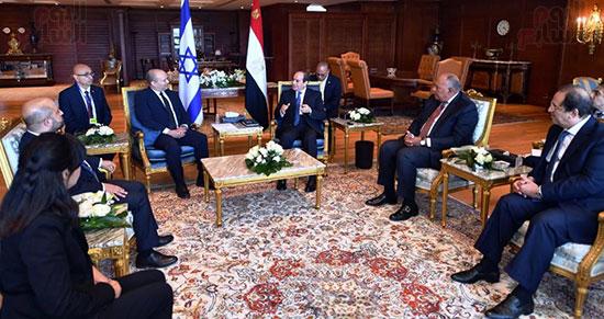 لقاء الرئيس عبد الفتاح السيسى ورئيس وزراء اسرائيل (11)