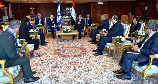 لقاء الرئيس عبد الفتاح السيسى ورئيس وزراء اسرائيل (9)