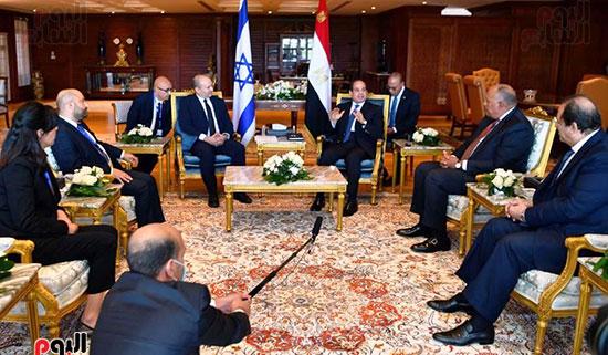 لقاء الرئيس عبد الفتاح السيسى ورئيس وزراء اسرائيل (7)