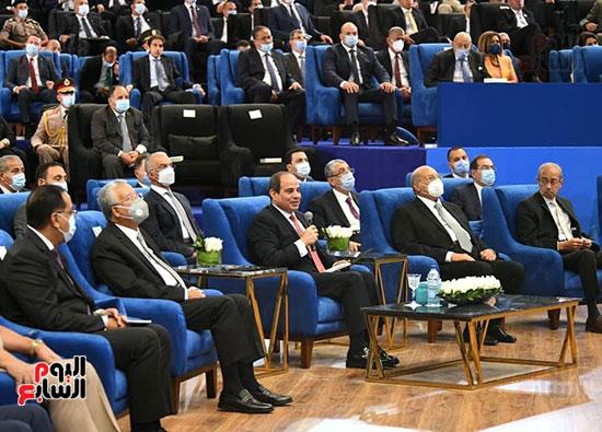 الرئيس السيسى يشهد استلام تقرير التنمية البشرية