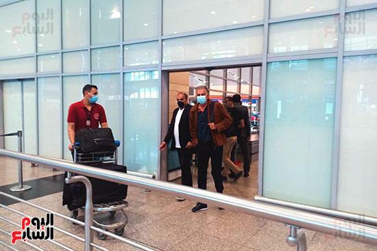 البرتغالى كيروش يصل القاهرة لبدء مهمته مع منتخب مصر    (6)