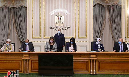 رئيس الوزراء يشهد توقيع الاتفاقية الوزارية لتنفيذ مشروع إدارة تلوث الهواء (2)