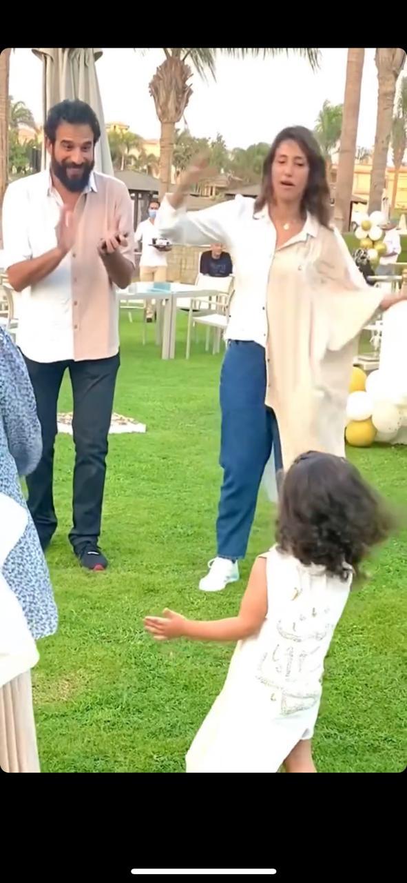 حنان مطاوع تحتفل بعيد ميلاد ابنتها  (9)
