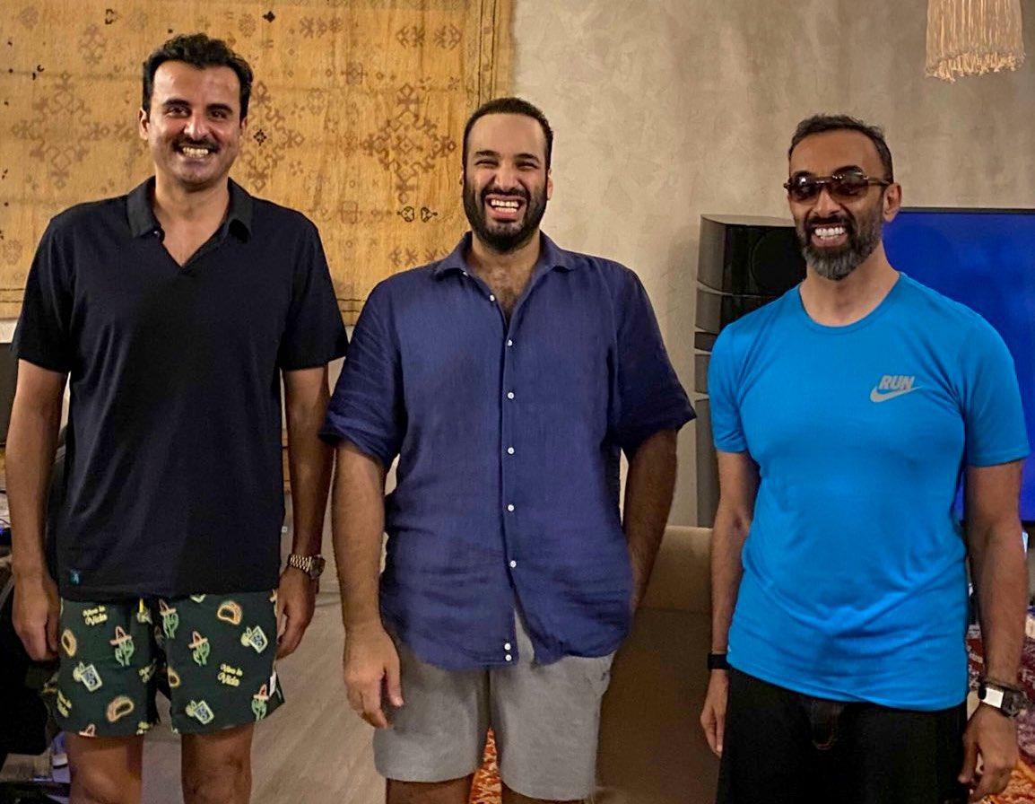 الامير محمد بن سلمان والشيخ تميم بن حمد والشيخ طحنون بن زايد