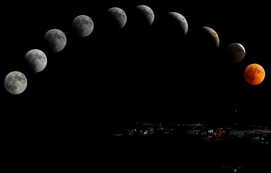 اكتمال القمر في برج الحوت