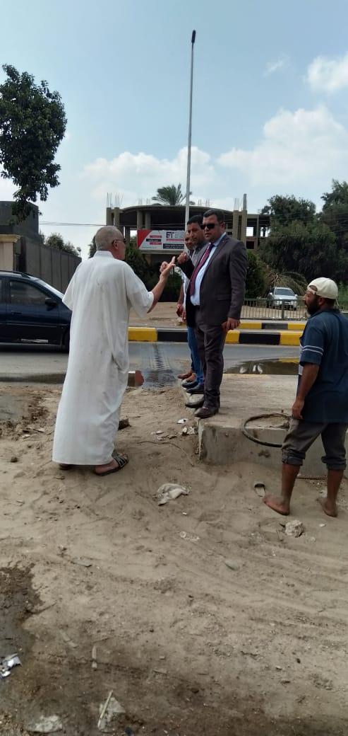 محافظ بنى سويف يكلف بإصلاح كسر بخط مياه مطلع كوبرى النيل