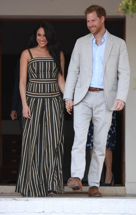 Stylish and comfortable looks that combine Harry and Meghan (5)