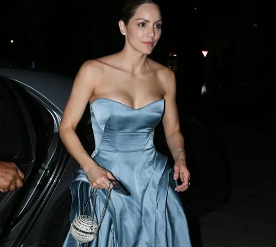 Catherine's third dress
