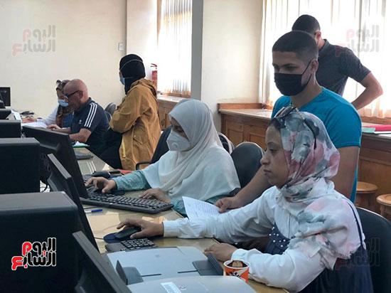 معامل-التنسيق-الإلكتروني-بجامعة-المنصورة-تستقبل-طلاب-المرحلة-الثانية