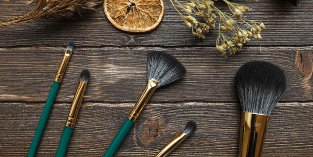 Dirty makeup tools