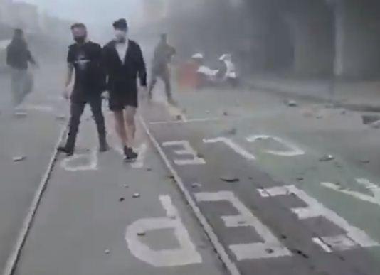 فزع فى الشوارع من الزلزال