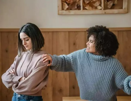 Tips for Dealing with a Dramatic Sister-in-law (2)
