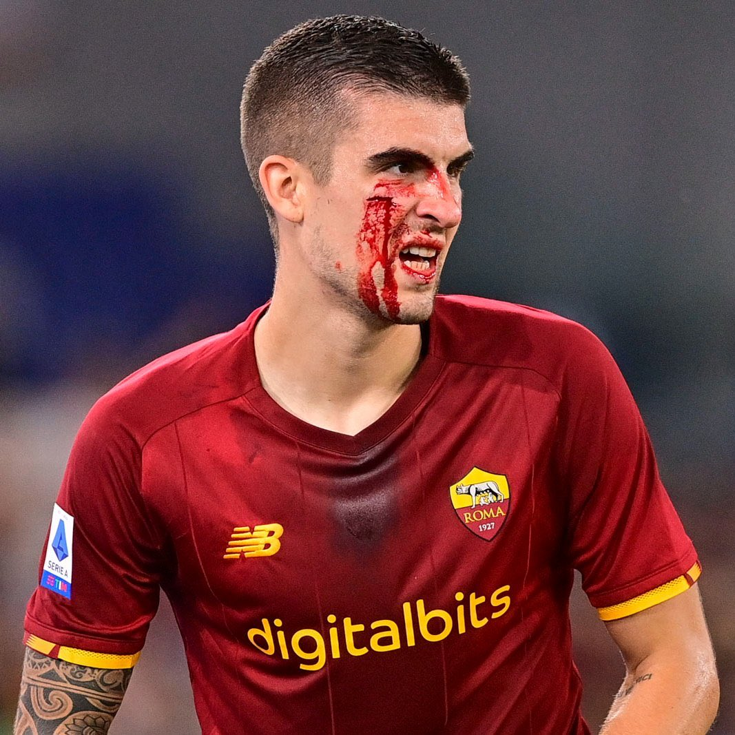 Mancini's blood is a Roma player