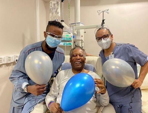 Pele in the hospital