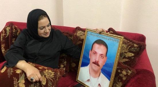 منى أحمد وزوجها