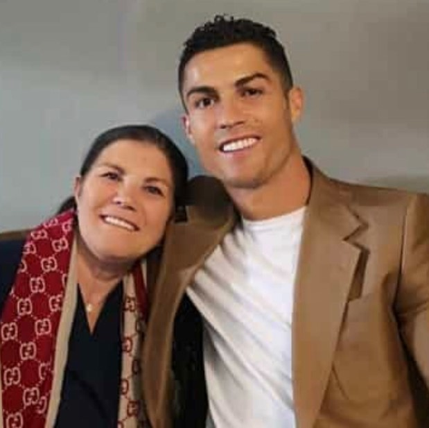 Ronaldo accompanied by his mother