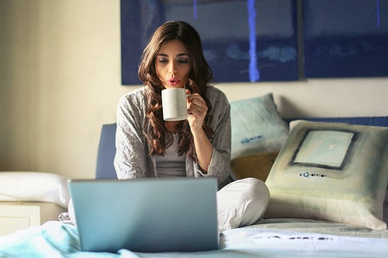 Mistakes we make while working from home (4)