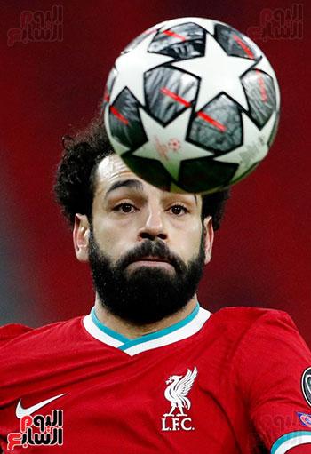 محمد صلاح احتفالية 100 هدف مع ليفر بول (21)