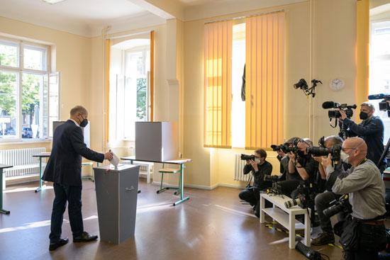 شولتز وزير المالية الألماني ومرشح الحزب الديمقراطي الاجتماع
