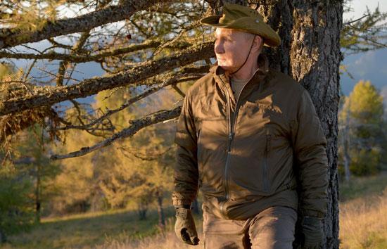 بوتين فى غابات سيبيريا