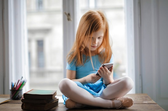 Things about your children that you should not post on social media (1)