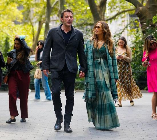 Jennifer Lopez and Ben Affleck in New York (4)