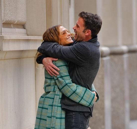 Jennifer Lopez and Ben Affleck in New York (2)