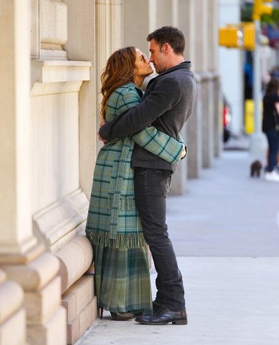 Jennifer Lopez and Ben Affleck in New York (1)