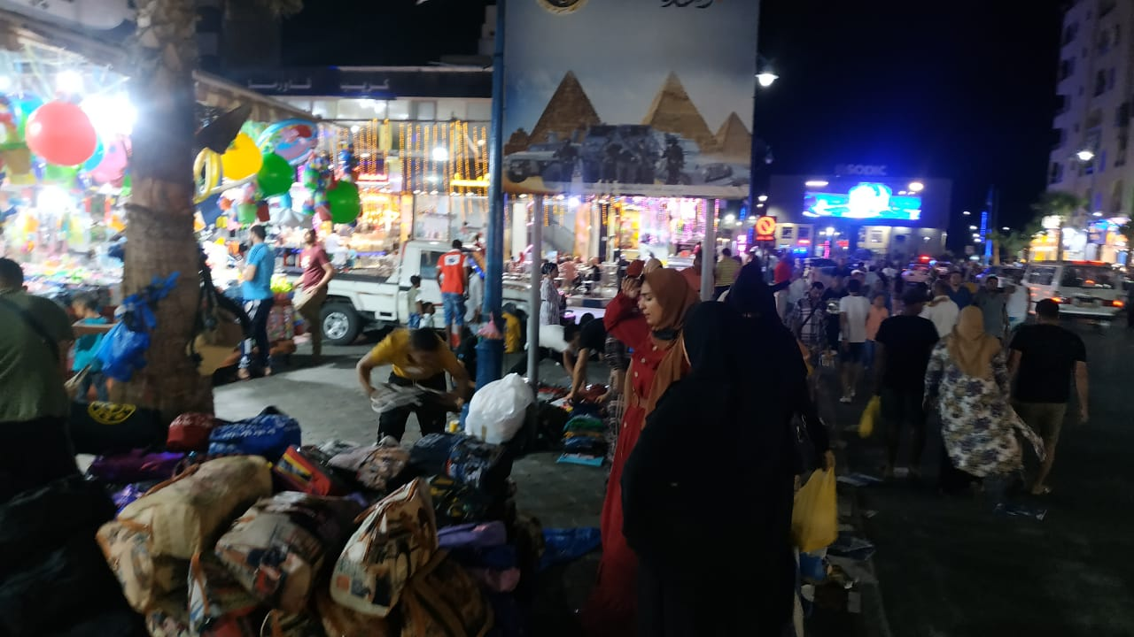 أسواق مفتوحة طوال الليل بمطروح (1)