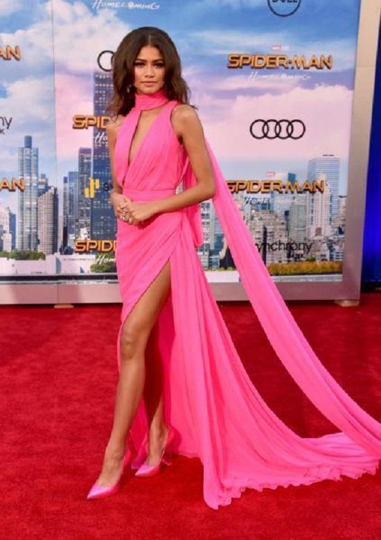 Best Zendaya Dresses (7)