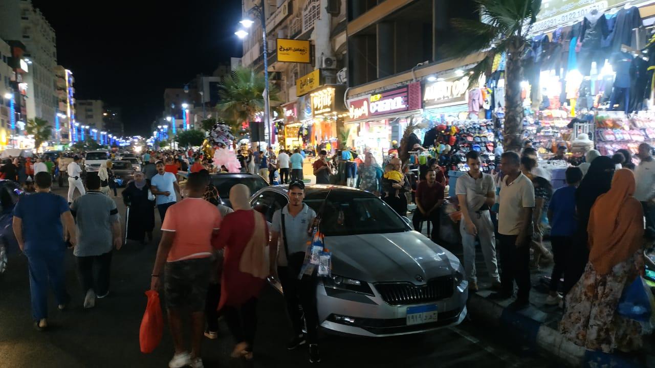 أسواق مفتوحة طوال الليل بمطروح (2)