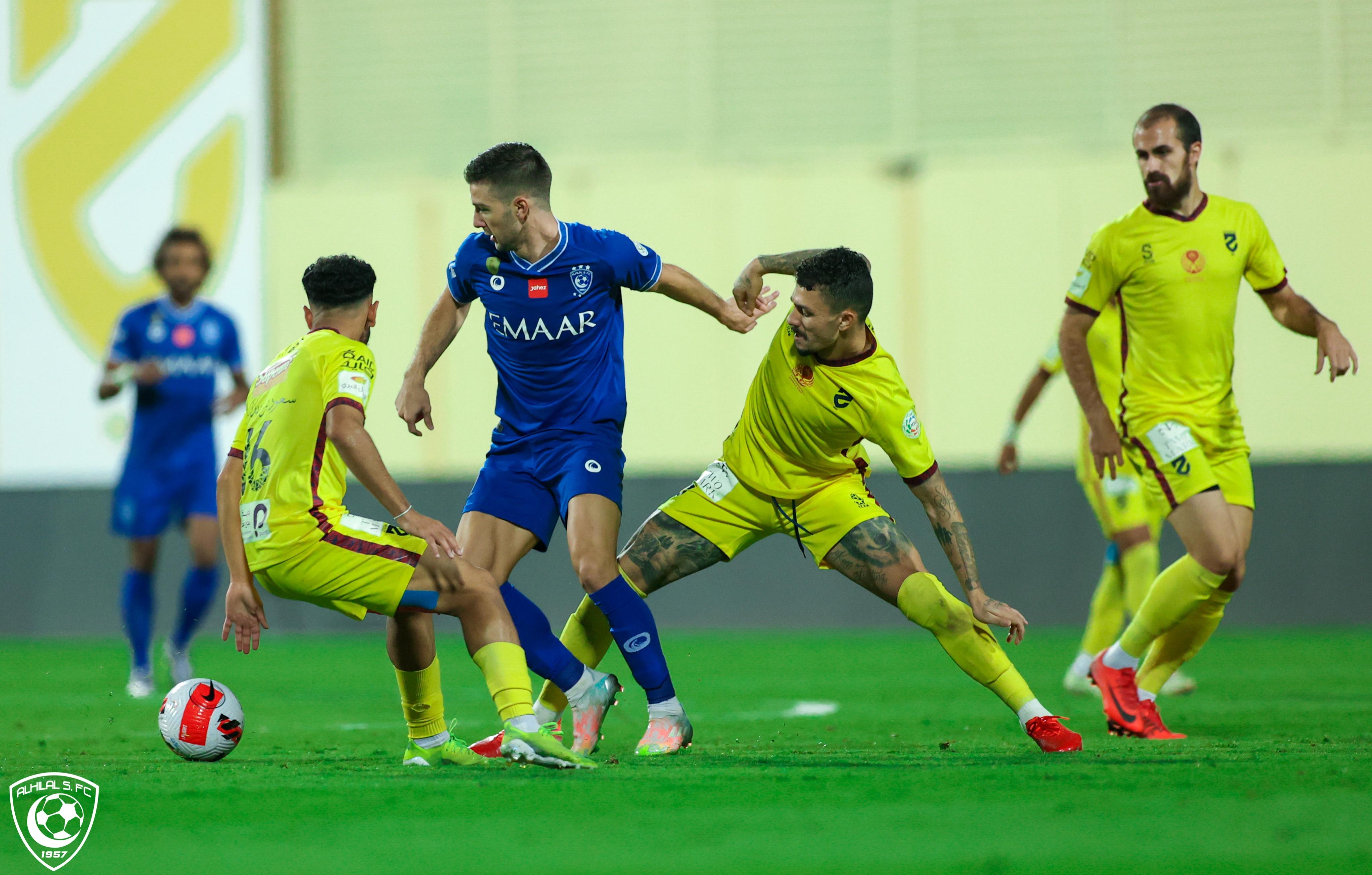 Al-Hazm and Al-Hilal match
