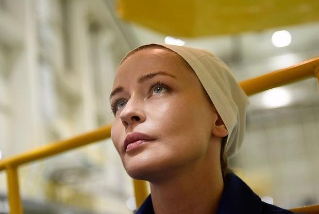 الممثلة الروسية