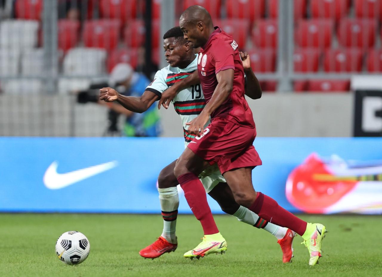 قطر ضد البرتغال (3)