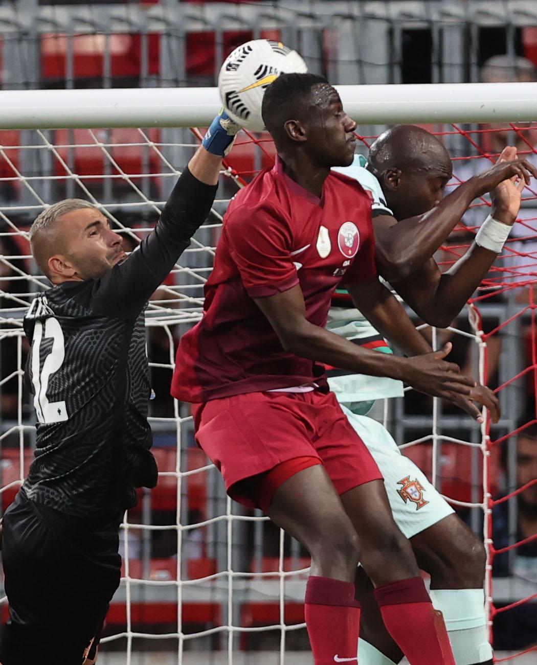قطر ضد البرتغال (1)