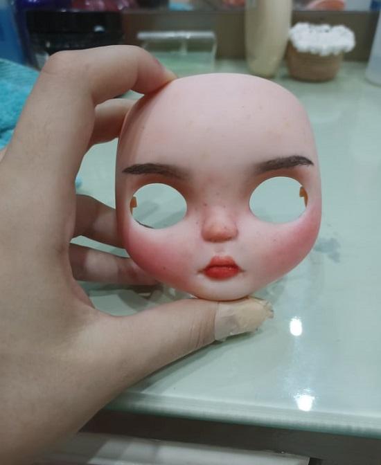 Bride's facial features
