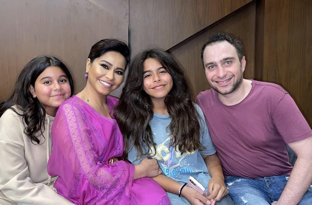 شيرين وحسام مع ابنتيها