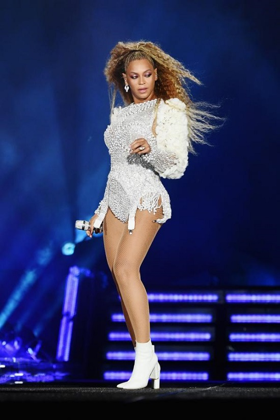 Beyonce's best looks on stage (6)