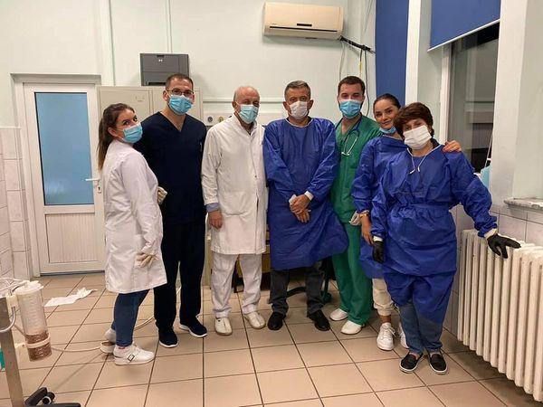 الفريق الطبى منفذ العملية