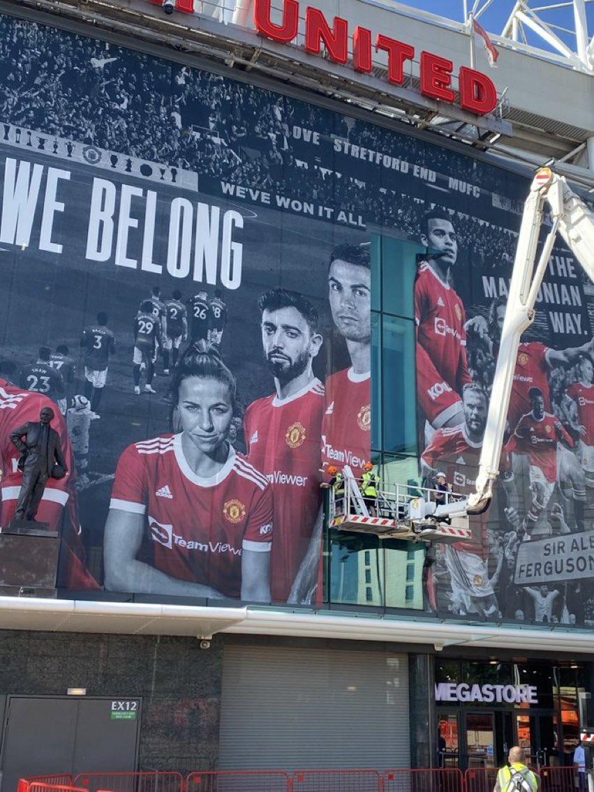 Old Trafford Facade (2)
