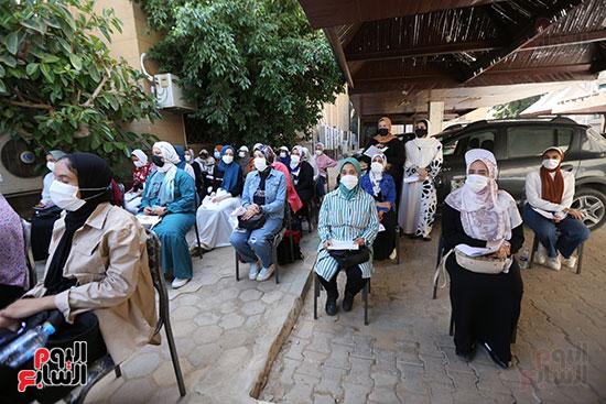 جولة وزير التعليم العالي ووزيرة الصحة فى جامعة القاهرة (9)