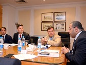 خلال لقاء جمعه بـ أشرف سالمان وزير الاستثمار
